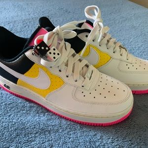 🎲💕🎲BRANDNEW NIKE WOMENS AIRFORCE 1 MOTO